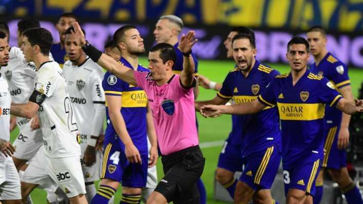 ¿Falló el VAR en el gol anulado a Boca Juniors ante Atlético Mineiro?