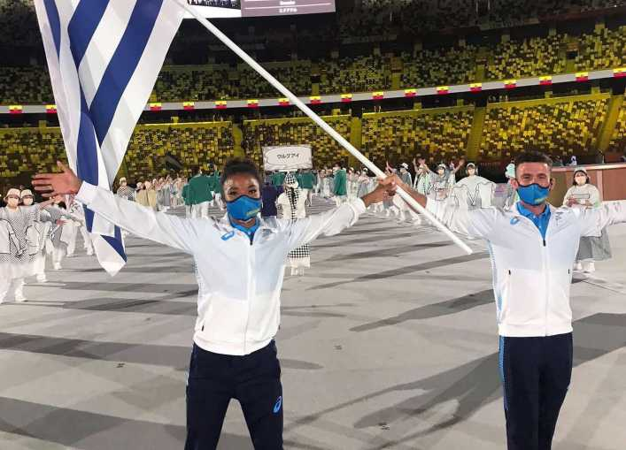 La abanderada olímpica que le jugó una carrera de 100m a Carlos Tevez: quién ganó y qué dijo el exfutbolista de Boca