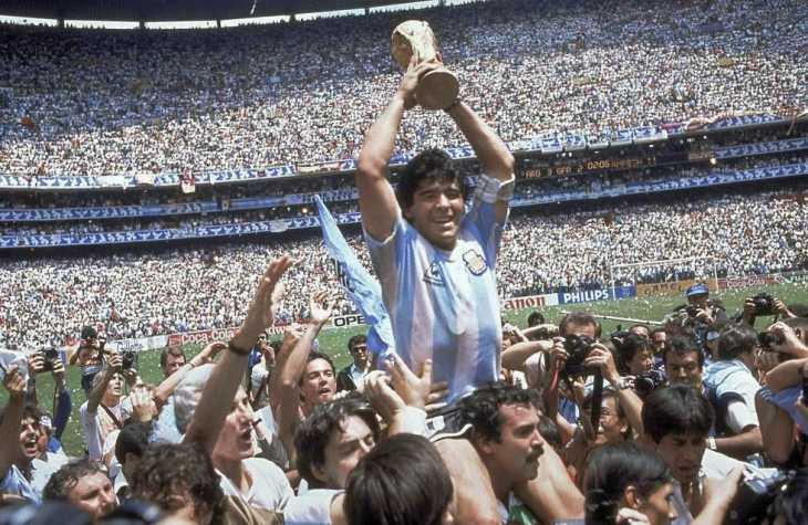 Las fotos prohibidas en el Instagram de Diego Maradona