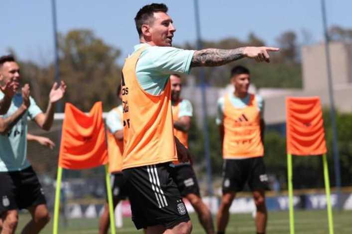 Los 11 de Argentina ante Perú