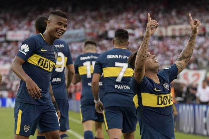 Los colombianos de Boca, nuevamente en problemas
