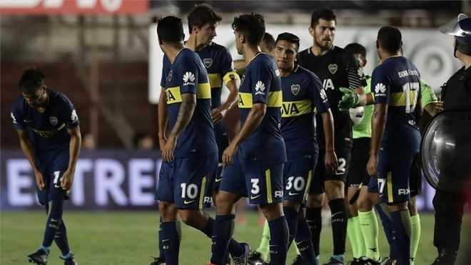 Los jugadores de Boca vuelven a Argentina y tendrán que aislarse 7 días