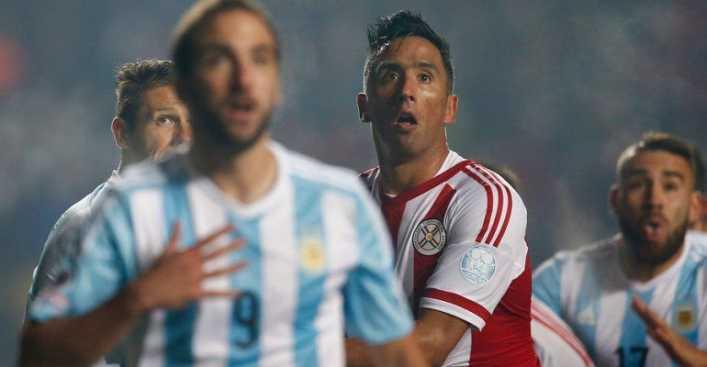 Lucas Barrios puede ser nuevo refuerzo de Boca Juniors
