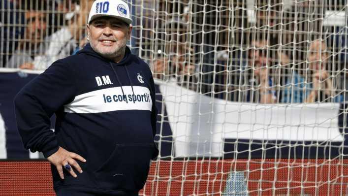 Maradona estuvo 6 horas agonizando antes de morir según la autopsia