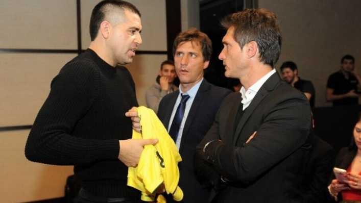¿Para qué llamó Guillermo Barros Schelotto a Riquelme?