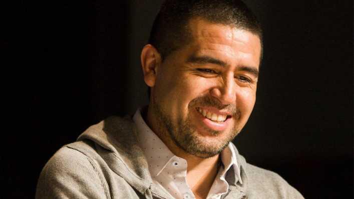 Peso pesado del fútbol mundial avaló al ídolo: Riquelme puede ser presidente de la CONMEBOL