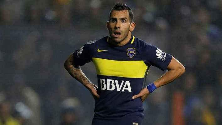 VIDEO: ¿Qué le pasa a Carlos Tevez?