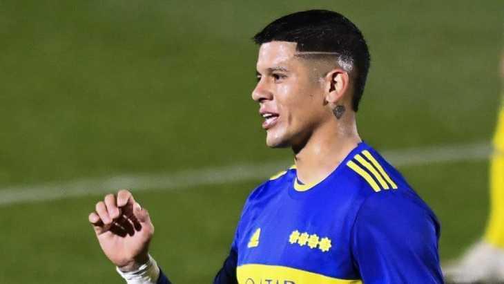 Rojo bancó a Weigandt sobre Advíncula en Boca con un me gusta en Instagram