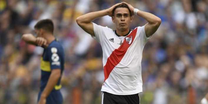 Santos Borré vio tarjeta amarilla y se pierde el partido de vuelta