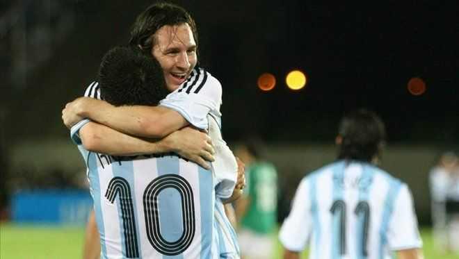 Sería maravilloso ver a Messi con la de Boca