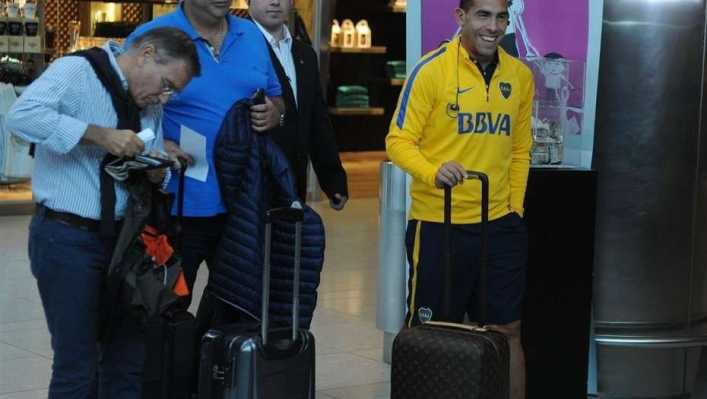 viaje de angelici a china dispara la idea de recuperar a tevez