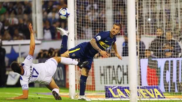VIDEO: Darío Benedetto marcó de TACO para Boca Juniors