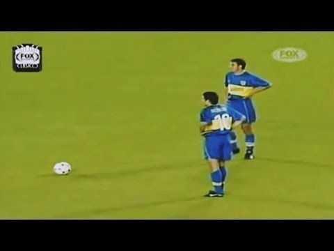 VIDEO: El día que Riquelme destruyó al Real Madrid